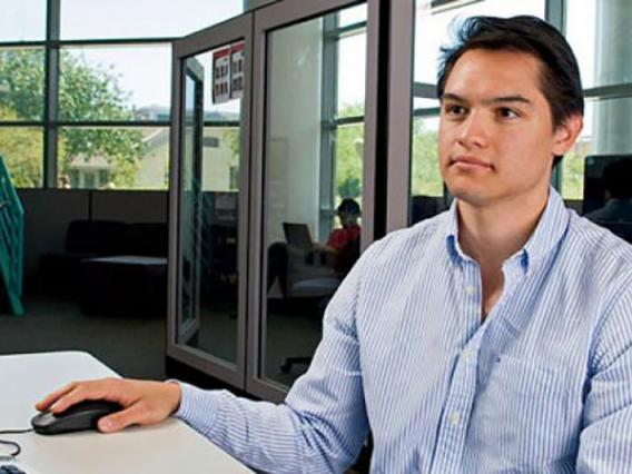 Eller Online MBA Program Debuts at No. 29 in U.S. News Rankings