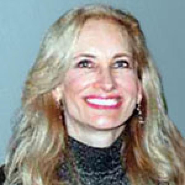 Lynn Ventimiglia-Lobit
